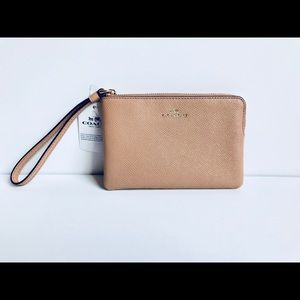 Coach Leather Wristlet Authentic/OS/NWT